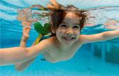Бассейн: польза для детей