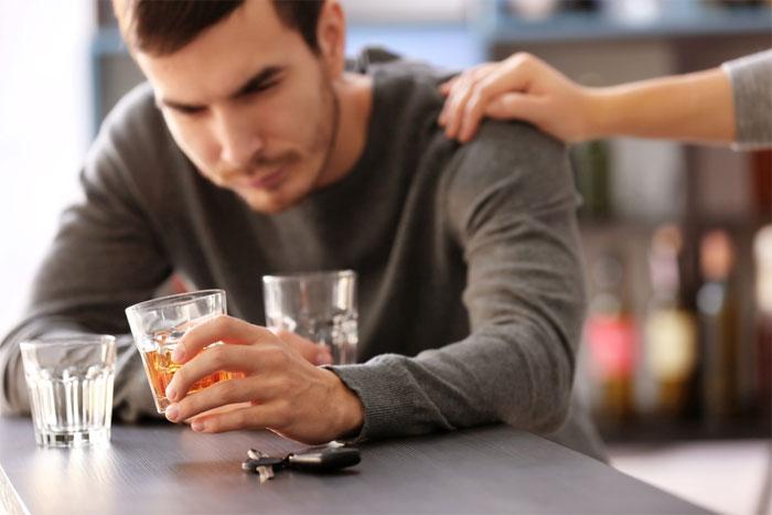 Симптомы и лечение алкоголизма